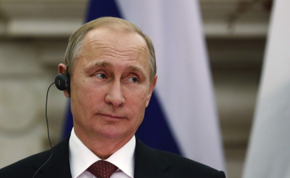455293-russian-president-vladimir-putin-listens-to-indian-prime-minister-nare