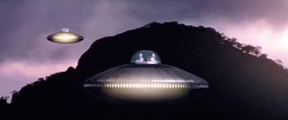 n-UFOSOCCUPANTSVIETNAM-large570