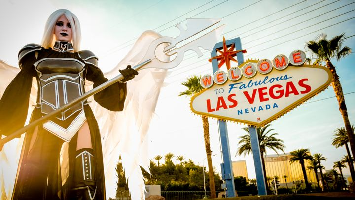 720x405-Cosplay-5---Grand-Prix-Las-Vegas