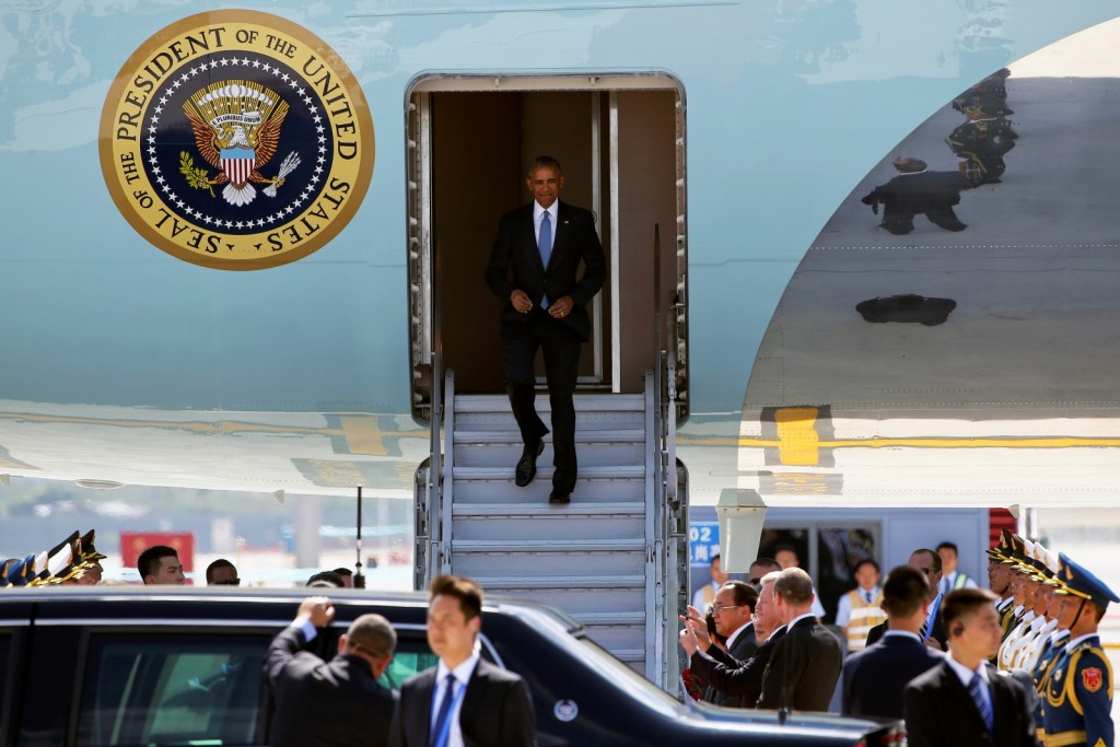barack-obama-air-force-one-china
