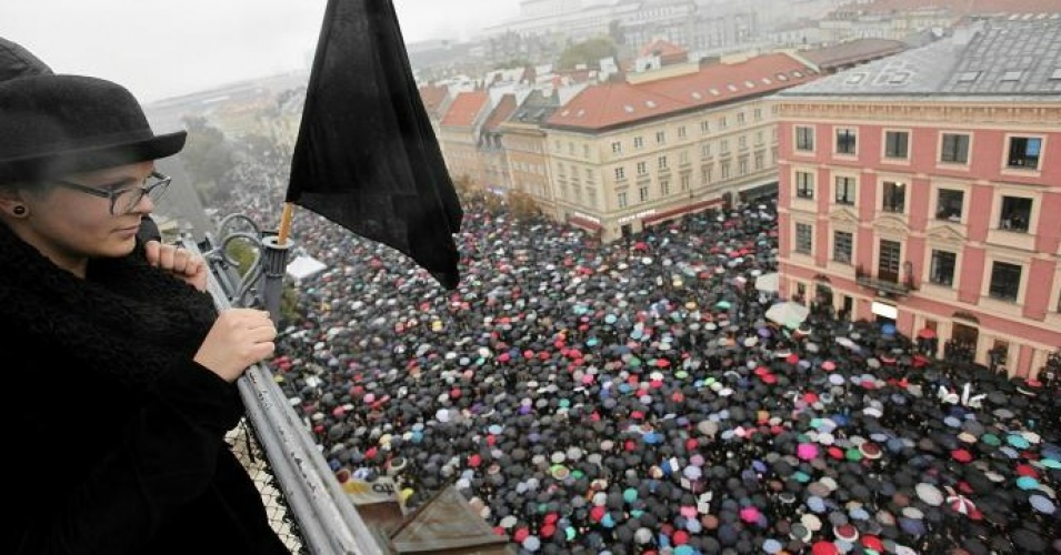 poland-abortion-protest-oct3