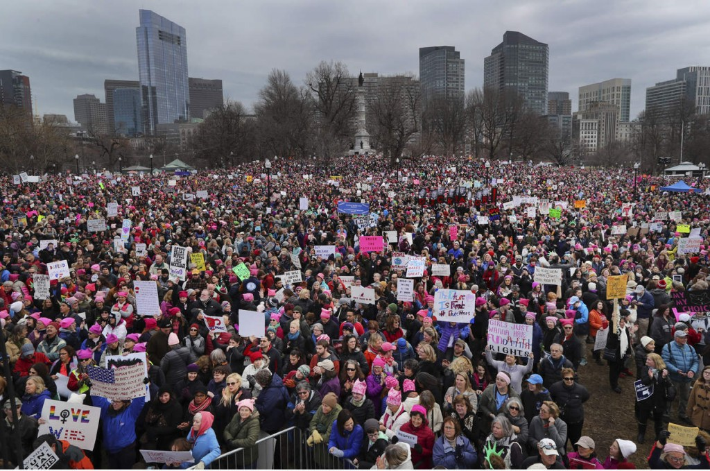 Thousands of people fill Boston Common during a Women's March Saturday Jan. 21, 2017 in Boston. The march is being held in solidarity with similar events taking place in Washington and around the nation. ( John Tlumacki/The Boston Globe via AP) NYTCREDIT: Johntlumacki/The Boston Globe, via Associated Press