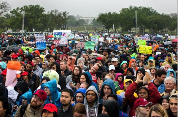 Crowds-March-for-Science-in-global-Earth-Day-protest