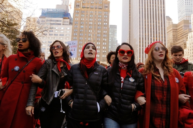 REFILE - REFILING WITH ADDITIONAL INFORMATIONOrganizers Linda Sarsour (C), Carmen Perez (2nd R) and Bob Bland (R) lead during a 'Day Without a Woman' march on International Women's Day in New York, U.S., March 8, 2017. REUTERS/Lucas Jackson