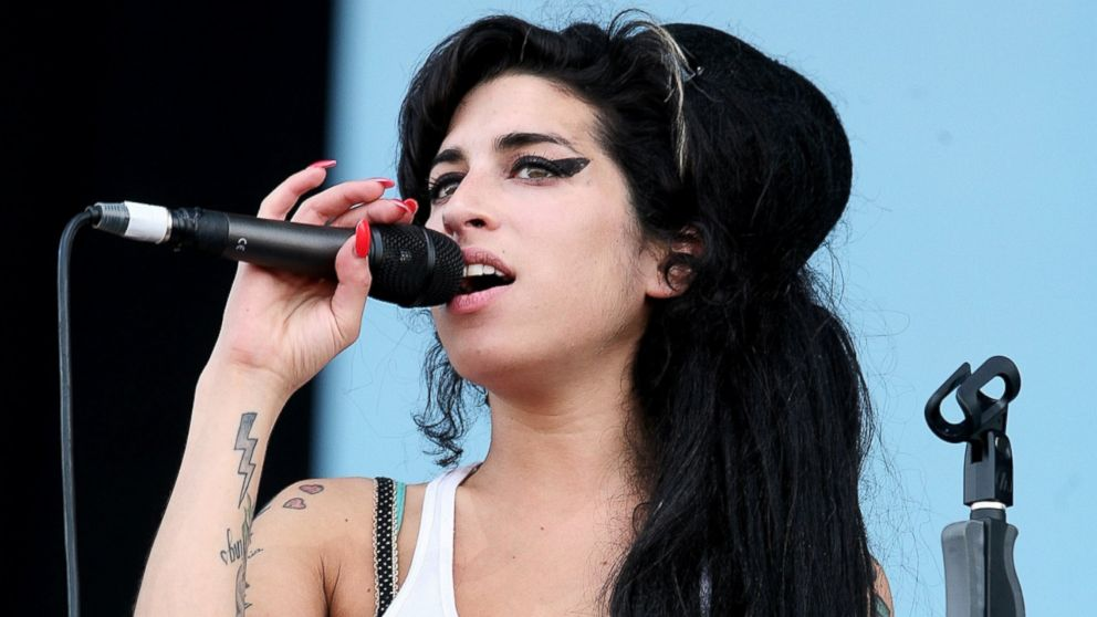 GTY_amy_winehouse_1_jt_160723_16x9_992