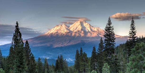 Loree JohnsonPhotographyMount-Shasta